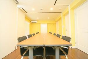 ミッションプロフィールセミナーの会場となる504号室