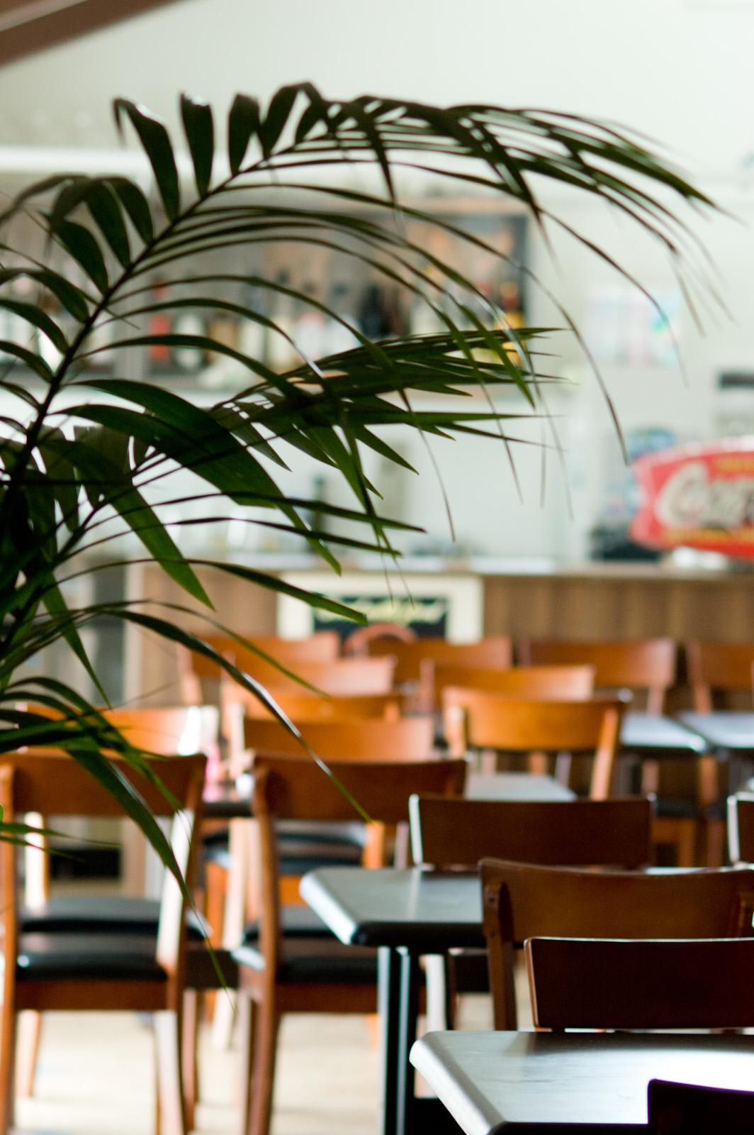 ラウンジやカフェのイメージ画像