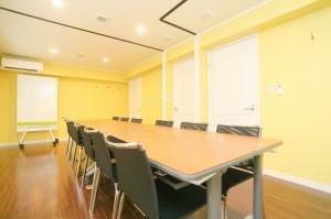 セミナールーム504号室