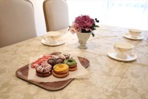 701号室で開かれるお茶会のイメージ