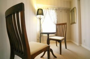 シックなローラアシュレイ部屋の702号室