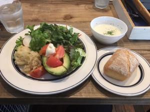 サラダランチ