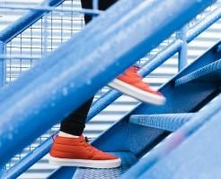 筋力をつけるために階段を利用しましょう